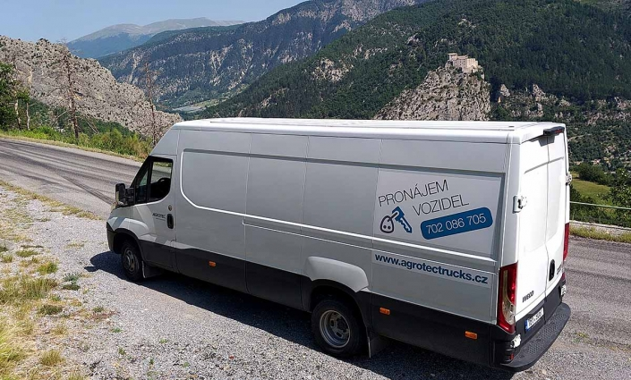iveco daily long for moving to France